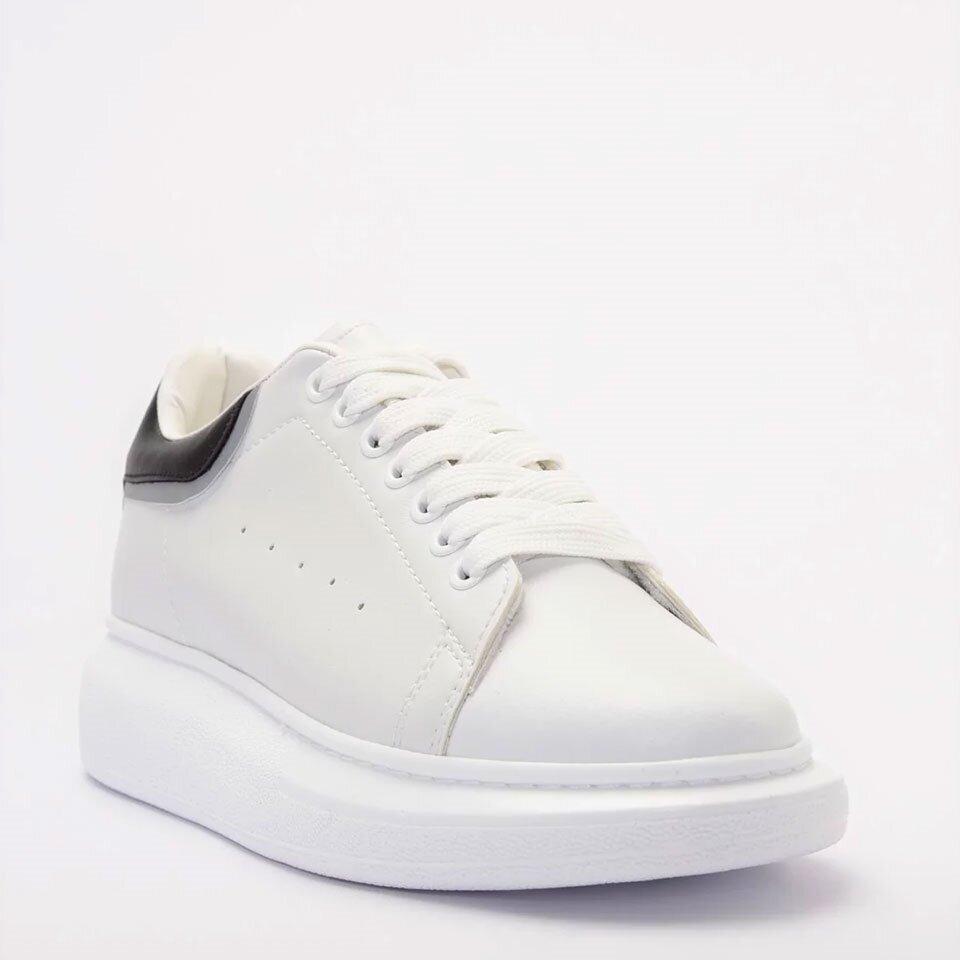 resm Yaya Beyaz Kadın Spor Ayakkabı