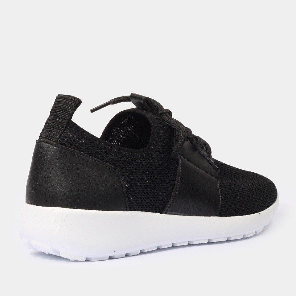 resm Siyah Yaya Spor Ayakkabı