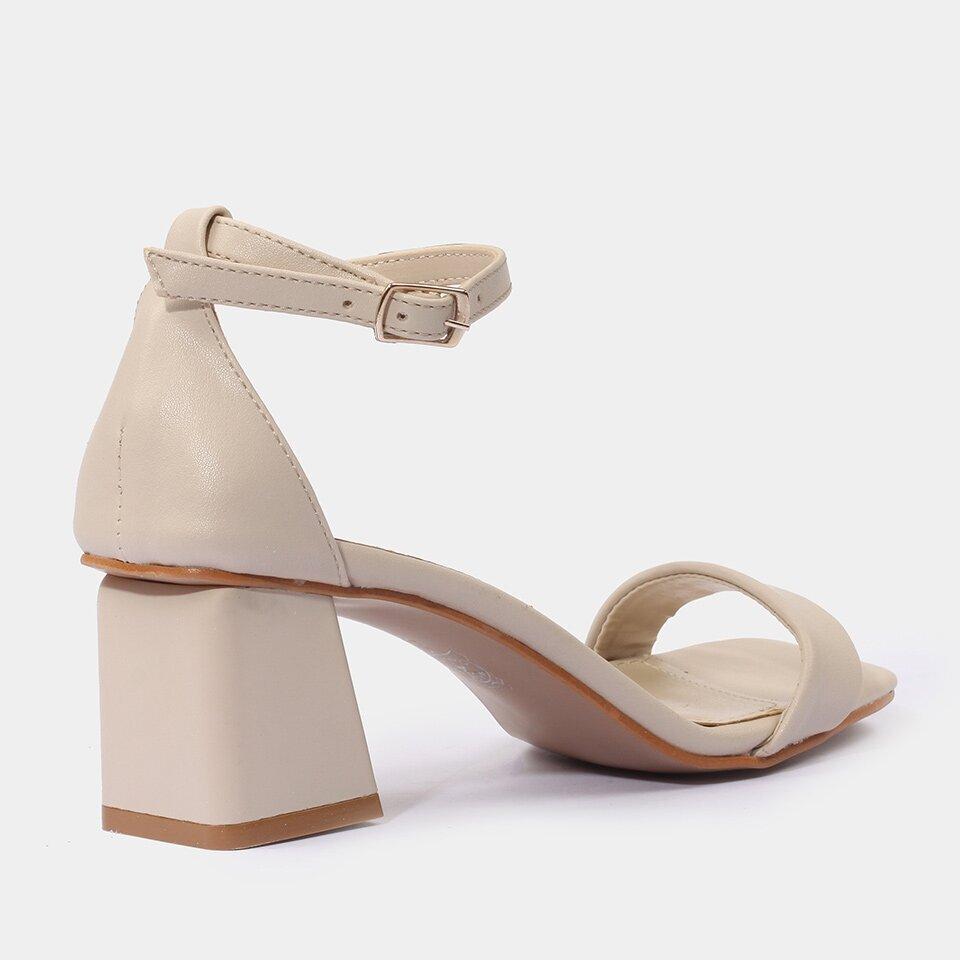 resm Yaya Kemik Sandalet