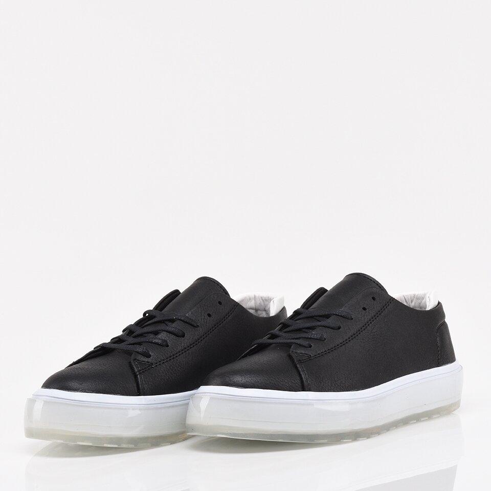 resm Siyah Yaya Erkek Spor Ayakkabı