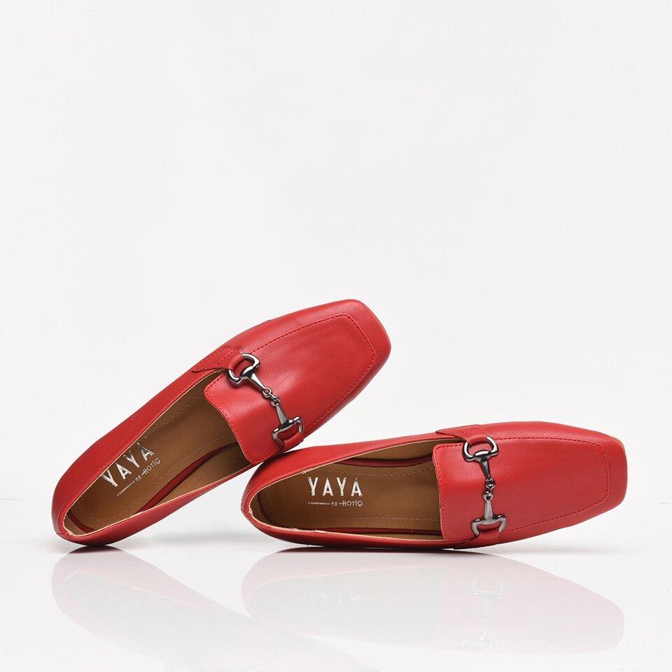 resm Kırmızı Yaya Kadın Günlük Ayakkabı