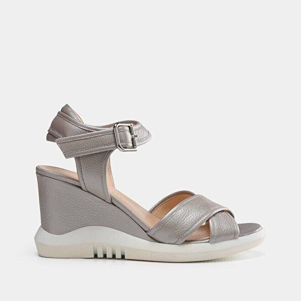 Resim Hakiki Deri Bej Kadın Topuklu Sandalet
