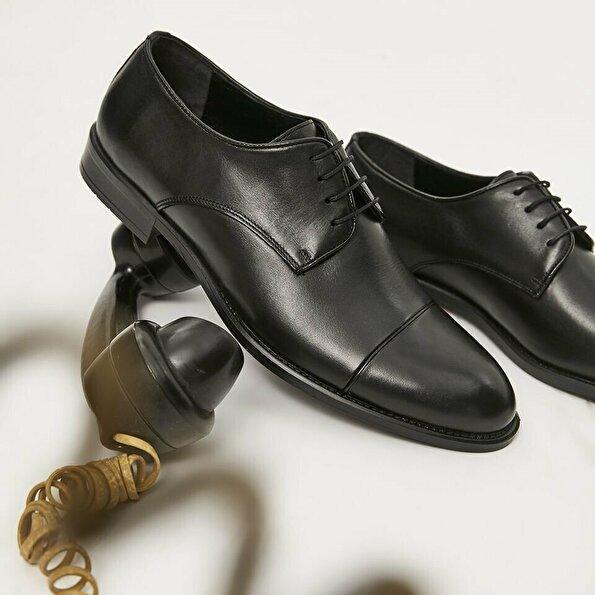 Resim Hakiki Deri Siyah Yaya Klasik Ayakkabı