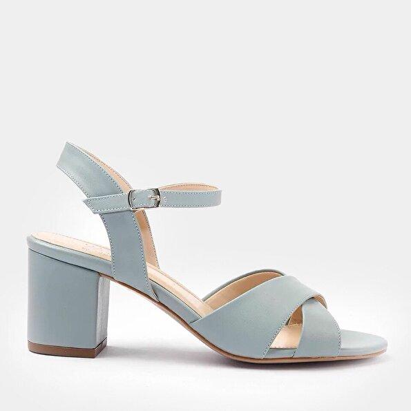 Resim Yaya Açık Mavi Sandalet