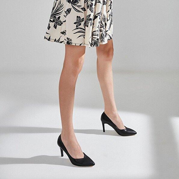 Resim Yaya Kadın Siyah Topuklu Ayakkabı