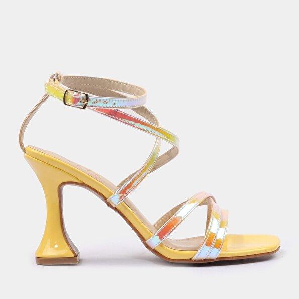 Resim Sarı Yaya Kadın Sandalet