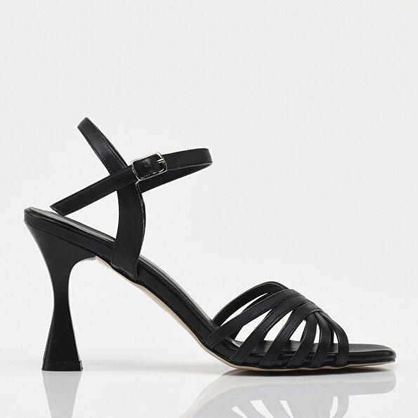 Resim Siyah Yaya Kadın Sandalet &Terlik