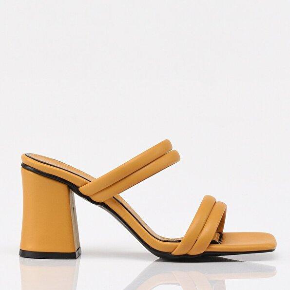 Resim Hardal Yaya Kadın Sandalet & Terlik